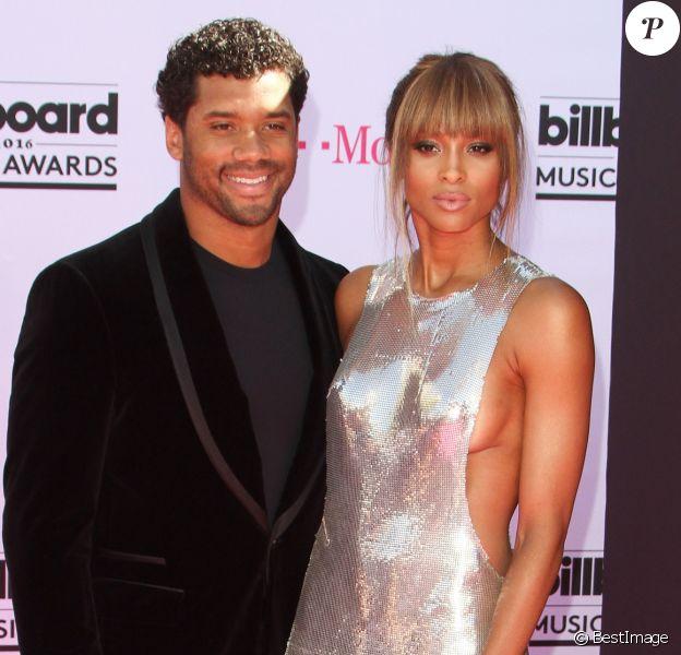 Russell Wilson et sa fiancée Ciara à la soirée Billboard Music Awards à T-Mobile Arena à Las Vegas, le 22 mai 2016
