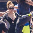 Mariah Carey avec ses enfants Monroe et Moroccan Cannon et son compagnon James Packer à bord du yacht Arctic P à Capri, Italie, le 5 juillet 2016.