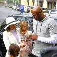 Lamar Odom et sa femme Khloé Kardashian avec Mason Disick et Penelope Disick rrivent à l'église de Agoura Hills pour la messe de Pâques à Hagoura Hills le 27 Mars 2016.