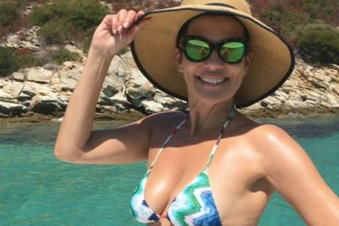 Cristina Cordula au Brésil : En bikini ou sans maquillage, la star se dévoile !