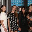 Marta Hunt, Hailee Steinfeld, Cara Delevingne, Selena Gomez, Taylor Swift et Serayah à la Soirée des MTV Video Music Awards à Los Angeles le 30 aout 2015. © CPA/Bestimage