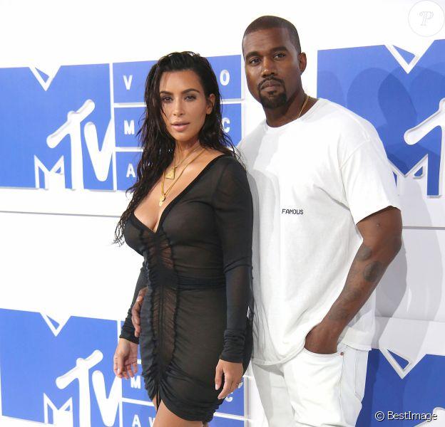 Kim Kardashian et son mari Kanye West à la soirée des MTV Video Music Awards 2016 à Madison Square Garden à New York, le 28 août 23016 © Sonia Moskowitz/Globe Photos via Zuma/Bestimage