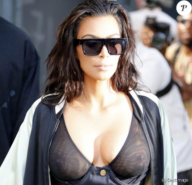 Kim Kardashian et son mari Kanye West sortent d'un rendez-vous à Tribeca, New York le 30 août 2016.