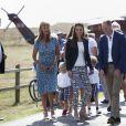 Le prince William, duc de Cambridge, et Kate Middleton, duchesse de Cambridge, visitant le jardin de l'abbaye à Tresco sur les îles Scilly le 2 septembre 2016.