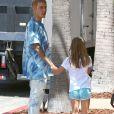 Justin Bieber fait du shopping avec sa petite soeur Jazmyn et lui achète une poupée chez American Girls à Los Angeles le 2 septembre 2016.