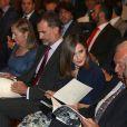 Le roi Felipe VI et la reine Letizia d'Espagne présidaient le 7 septembre 2016 à la commémoration du centenaire de la naissance de l'écrivain espagnol Camilo José Cela au siège de l'Institut Cervantes à Madrid et ont inauguré à cette occasion une exposition rendant hommage à l'auteur Nobel de littérature 1989, disparu en 2002.