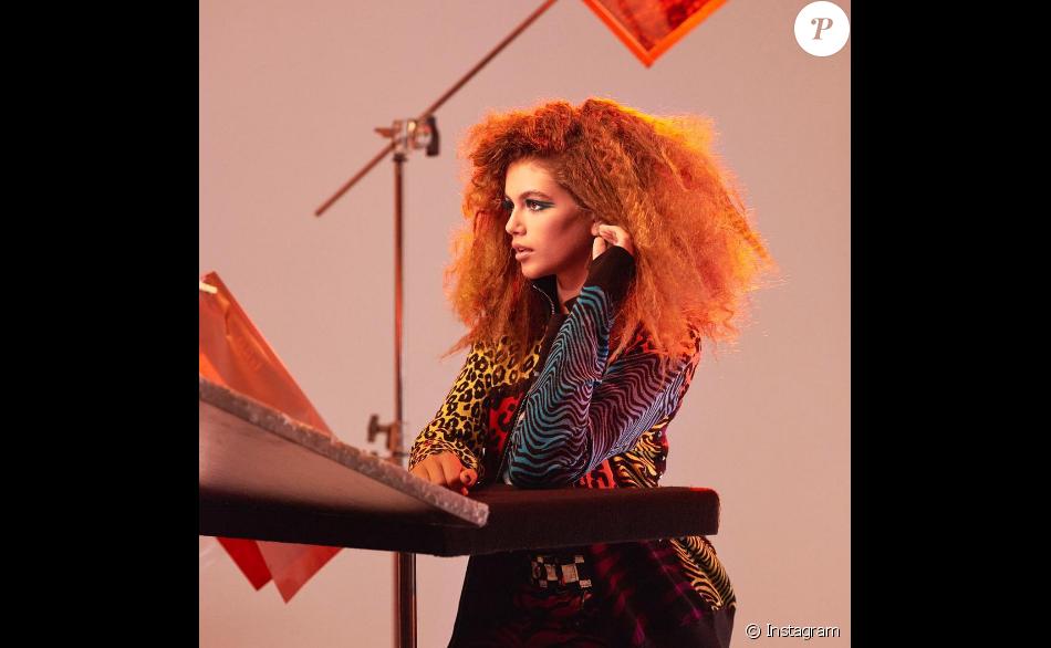 Kaia Gerber dans les coulisses de la campagne Marc Jacobs beauty