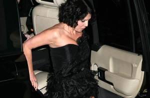 REPORTAGE PHOTOS : La belle Sadie Frost, oups... la descente a été difficile !!