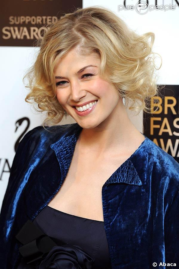 Rosamund Pike - Photo Actress