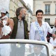 """Exclusif - Robertinho Chaves, Vincent Cassel et Cristina Cordula lors du cortège du """"Lavage de la Madeleine"""" à Paris, le 4 septembre 2016"""