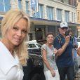 Pamela Anderson et son fils Dylan lors du défilé Christian Siriano à New York. Le 10 septembre 2016.
