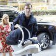 Ivanka Trump arrive à son domicile de New York avec son bébé Theodore et son mari Jared Kushner le 29 mars 2016.