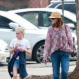 Exclusif - Marcia Cross a regardé sa fille Eden jouer un match de basket, en compagnie de son autre fille, Savannah. Son mari Tom Mahoney jouait le coach. Le 18 septembre 2016 à Los Angeles.