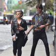 Exclusif - Kelly Osbourne dans la rue à New York avec un inconnu le 1er août 2016