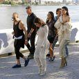 """Kim Kardashian et Kendall Jenner - Défilé """"Yeezy Season 4"""" au Franklin D. Roosevelt Four Freedoms Park à New York, le 7 septembre 2016."""