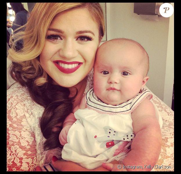 Kelly Clarkson avec sa fille River Rose.
