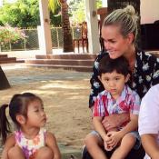 """EXCLU – Laeticia Hallyday entourée d'enfants : """"Cela me fait tant vibrer..."""""""