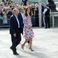 Le duc et la duchesse de Cambridge et le prince Harry ont pu faire un tour en haut du London Eye, la grande roue de Londres, le 10 octobre 2016 à l'occasion de leurs engagements officiels lors de la Journée mondiale de la santé mentale. © Doug Peters/PA Wire/ABACAPRESS.COM