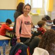 """Exclusif - Emmanuelle Boidron lors de la lecture de la dictée d'ELA à l'école primaire Decamps à Paris, le 10 octobre 2016, pour le lancement officiel de la campagne nationale """"Mets tes baskets et bats la maladie à l'école"""". Pour l'édition 2016, c'est Katherine Pancol, qui a rédigé un texte inédit dédié au combat des enfants d'ELA contre la maladie. © CVS/Bestimage"""