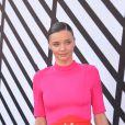 """Miranda Kerr - Arrivées au défilé de mode prêt-à-porter printemps-été 2017 """"Louis Vuitton"""" place Vendôme à Paris. Le 5 octobre 2016"""