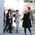 """Chiara Mastroianni, Julie Depardieu, Ludivine Sagnier et Sandrine Kiberlain lors du traditionnel remake du célèbre film de Louis Lumière de 1895 """"La Sortie de l'usine Lumière à Lyon"""" à l'occasion du 8ème Festival Lumière à Lyon, le 15 octobre 2016"""