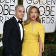 Jennifer Lopez et son compagnon Casper Smart à La 73ème cérémonie annuelle des Golden Globe Awards à Beverly Hills, le 10 janvier 2016. © Olivier Borde/Bestimage