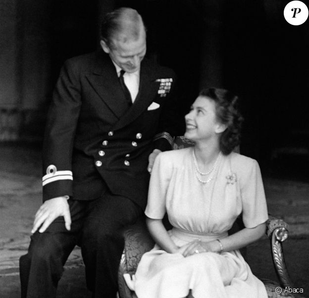 Les fiançailles de la princesse Elisabeth et du lieutenant Philip Mountbatten, nouées en secret en 1946, ont été annoncées le 10 juillet 1947.