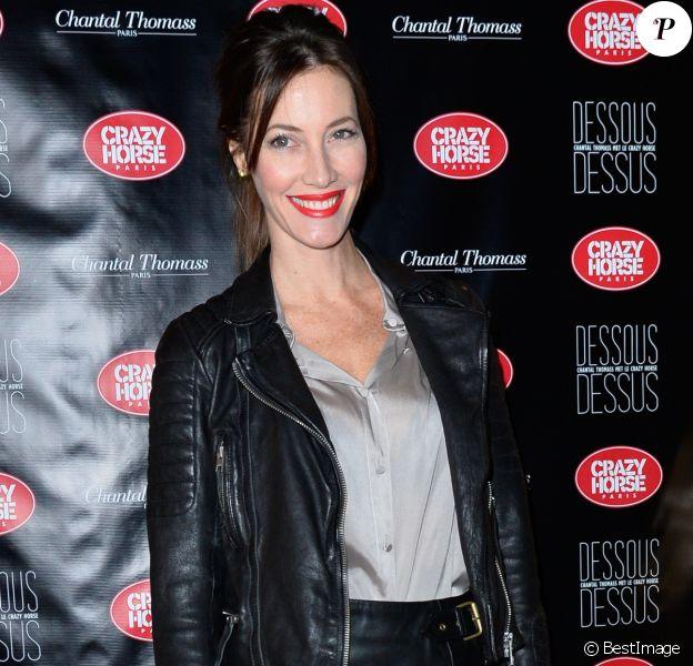 """Mareva Galanter à l'avant-première du show """"Chantal Thomass"""" au Crazy Horse à Paris, le 5 octobre 2016."""