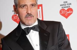 PHOTOS : George Clooney reçoit, après avoir récolté 1 million de dollars de fonds, l'Award du Coeur 2008 !