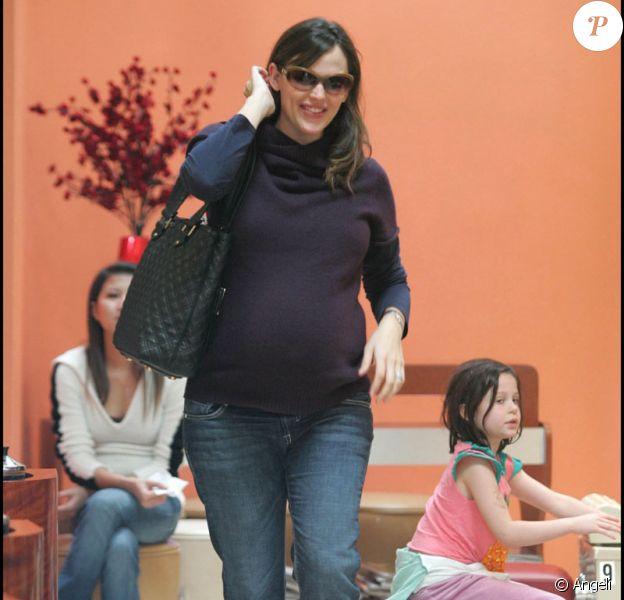 Jennifer Garner se fait belle pour aller chercher Violet !