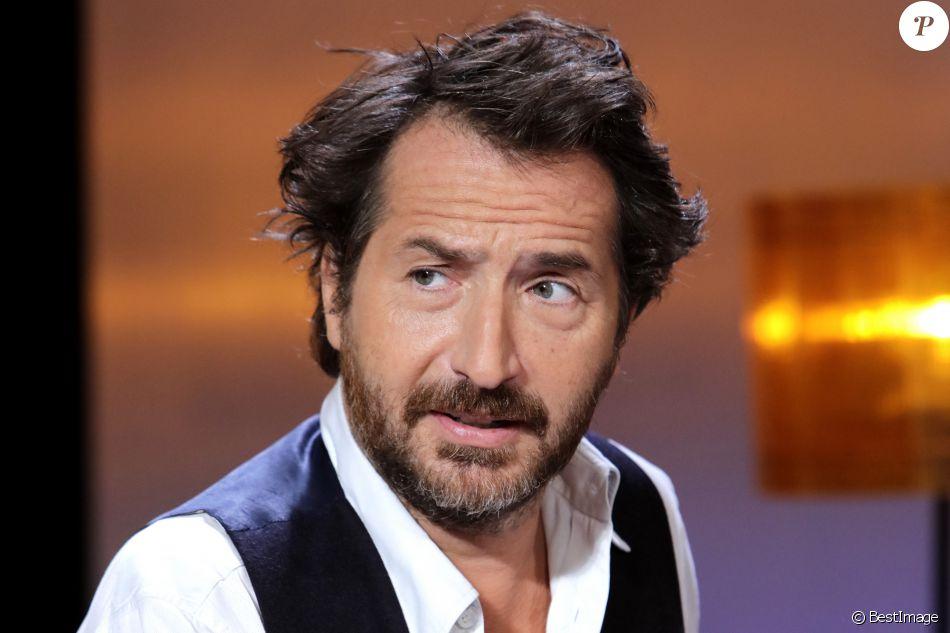 Portrait de Edouard Baer à Paris le 13 septembre 2016.