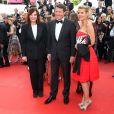 Denise Fabre, Christian Estrosi, Laura Ténoudji ( Télématin ) lors de la montée des marches du film  Café Society  pour l'ouverture du 69ème Festival International du Film de Cannes, le 11 mai 2016.