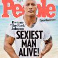 Couverture de People consacrée à l'Homme le plus sexy de la planète, Dwayne Johnson.
