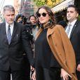 Marion Cotillard enceinte à la sortie de son hôtel dans le quartier de East Village à New York, le 16 novembre 2016
