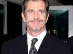 PHOTOS : Mel Gibson se la joue... d'Artagnan !