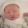 Jessica Capshaw a publié une photo de son quatrième enfant, une petite fille qui se prénomme Josephine Kate Gavigan, sur sa page Instagram, le 9 mai 2016.