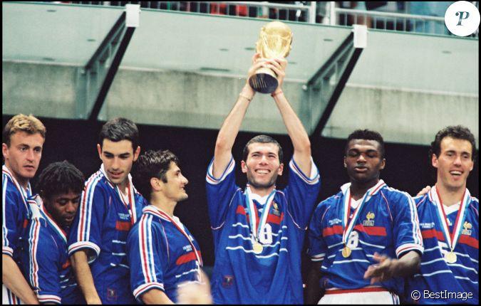 Equipe de france de la coupe du monde 1998 finale contre le br sil le 13 juillet 1998 - France 98 coupe du monde ...
