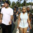 Blac Chyna enceinte et son fiancé Rob Kardashian sont allés déjeuner dans le quartier de Havana 1957 à Miami, le 12 mai 2016.