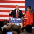 Donald Trump et sa femme Melania en meeting à Cedar Rapid dans l'Iowa le 1er février 2016.