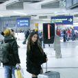 """Exclusif - Anissa (Moundir et les Apprentis Aventuriers) - Les candidats à l'émission """"Les Anges 9"""" partent de l'aéroport CDG à Roissy en France pour Miami le 2 janvier 2017."""