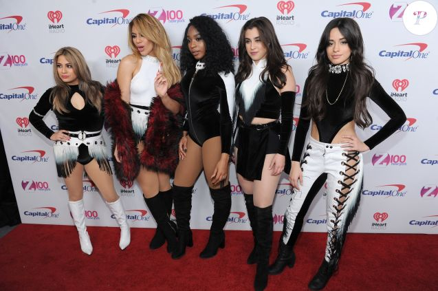 "Ally Brooke, Dinah Jane Hansen, Normani Kordei, Lauren Jauregui et Camila Cabello du groupe Fifth Harmony à la Soirée ""Z100's Jingle Ball 2016"" au Madison Square Garden à New York, le 9 décembre 2016."