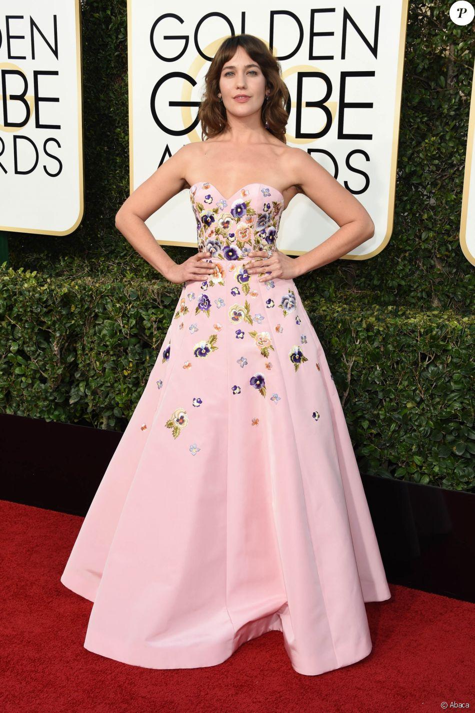 Lola Kirke montre ses aisselles non épilées - Soirée des Golden Globes à Los Angeles le 8 janvier 2017