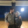 "Nikola Karabatic pose avec  Malik Bentalha après le tournage de son sketch pour le ""Saturday Night Live""."