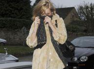 PHOTOS : Kate Moss opte pour la mini-robe... alors qu'il ne fait que 7°C!