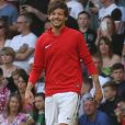 Louis Tomlinson lors d'un Match de football caritatif au stade Old Trafford à Manchester, le 5 juin 2016.