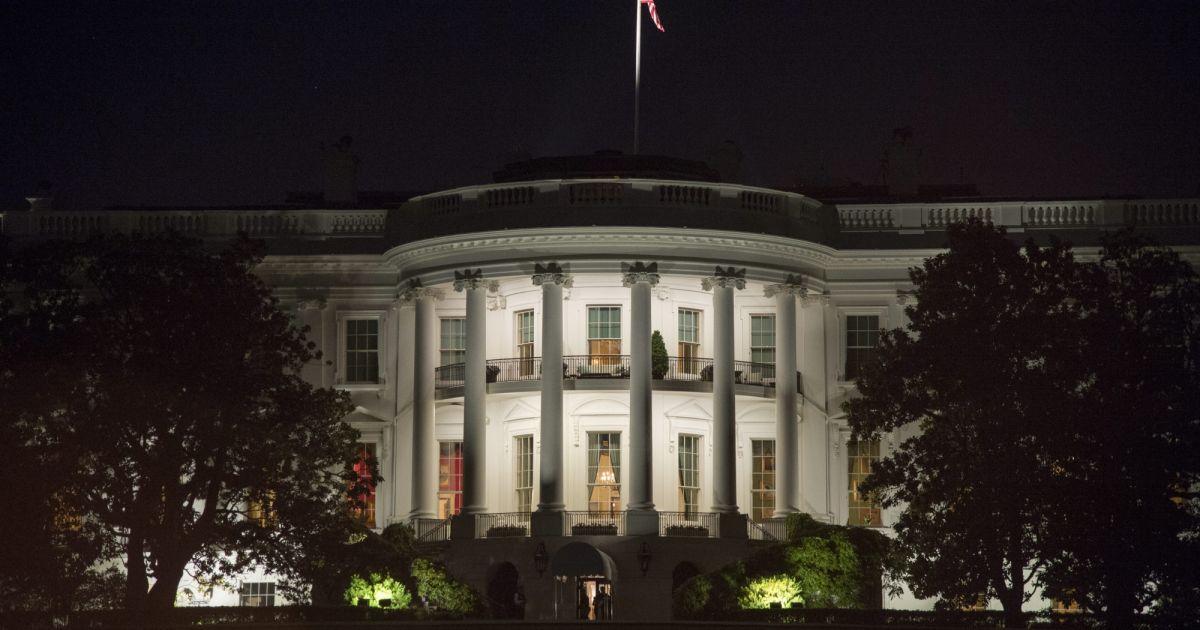 D ner la maison blanche lors du sommet des chefs d 39 etat for Ambassade de france washington visite maison blanche