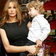 Donald Trump, sa femme Melania et leur fils son Barron à l'évènement Bunny Hop, à New York , le 11 mars 2008.