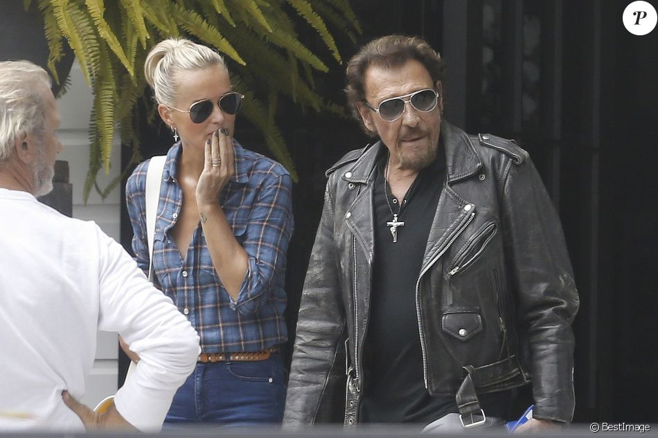 Exclusif johnny hallyday et sa femme laeticia hallyday for Nrj moto salon