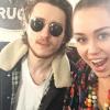 Miley Cyrus en famille : Elle présente son beau gosse de frère Braison