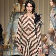 """Bella Hadid - Défilé de mode prêt-à-porter """"Alberta Ferretti"""", collection automne-hiver 2017/2018, à Milan, le 23 février 2017."""